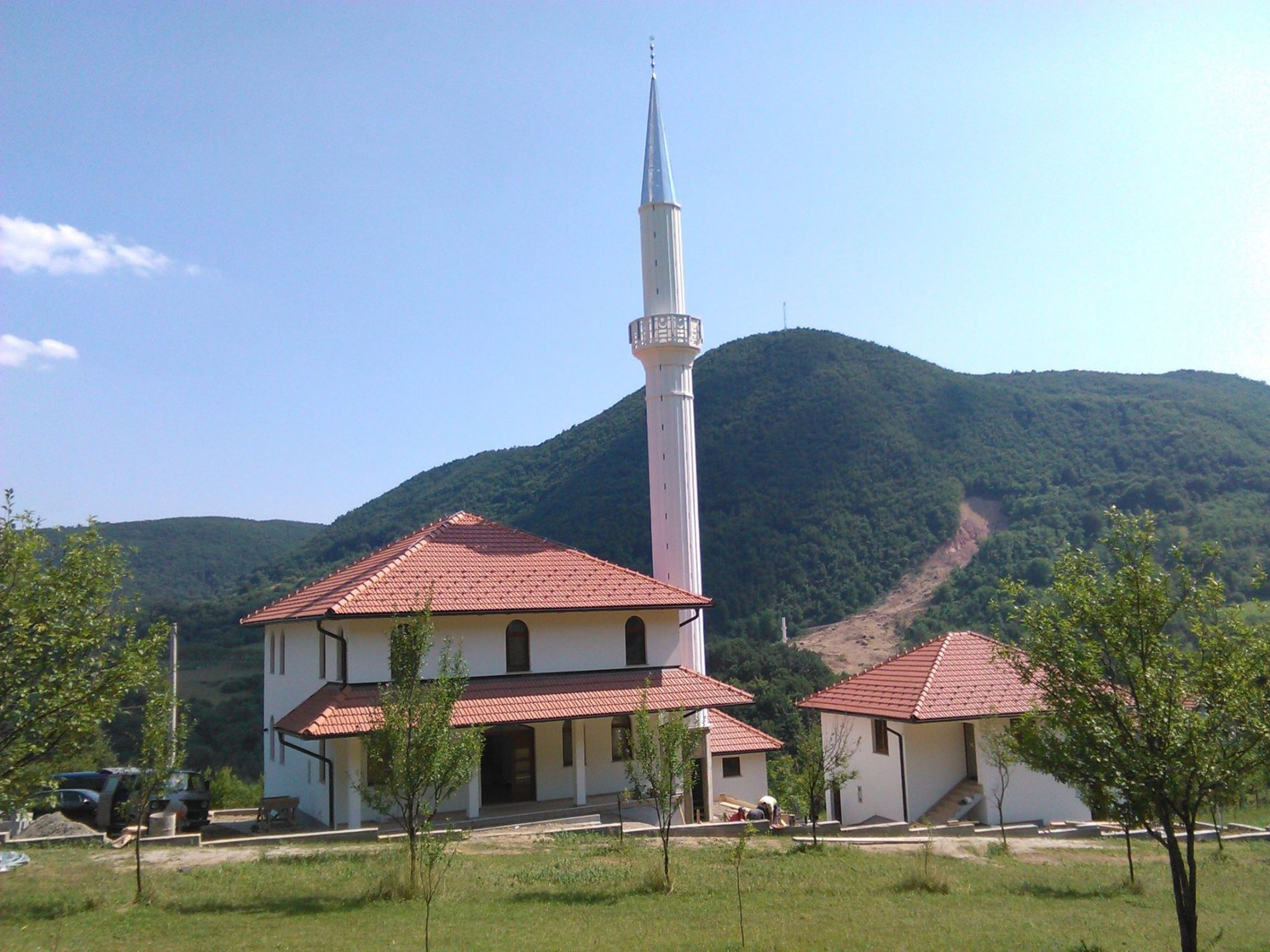 Zasjala podrinjska ljepotica koja je uništena u klizištu: Najljepši bajramski poklon za povratnike u Cersku (FOTO)