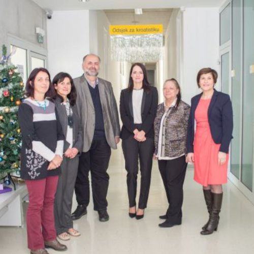 Najmlađi dr. lingvističkih nauka u BiH– Almira Džanić doktorsku disertaciju posvetila bosančici