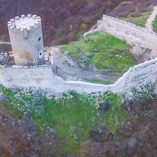Pogledajte kako izgleda obnovljeni stari grad Sokolac kod Bihaća