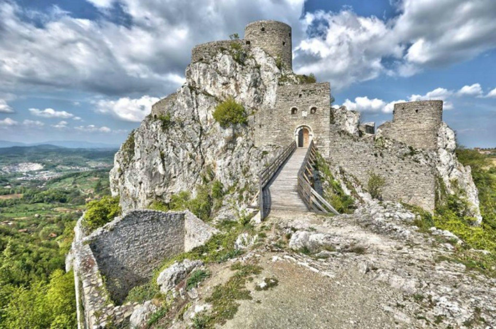 Stari grad Srebrenik – Blago skriveno iza debelih zidina (Foto)