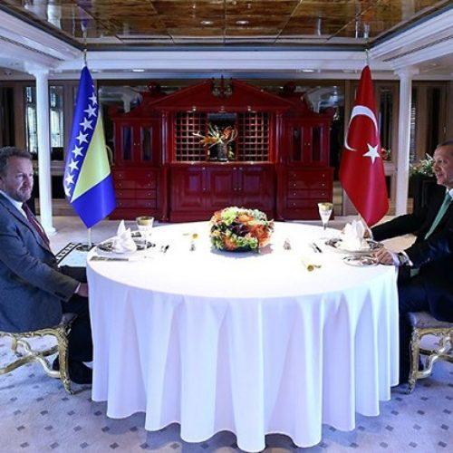 Član državnog Predsjedništva u posjeti Turskoj: Erdogan ugostio Izetbegovića na luksuznoj jahti