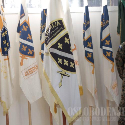 U Historijskom muzeju BiH otvorena izložba posvećena Armiji RBiH (FOTO)