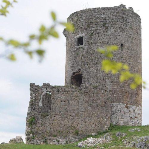 Bihać: Počela rekonstrukcija Starog grada Sokoca (FOTO)