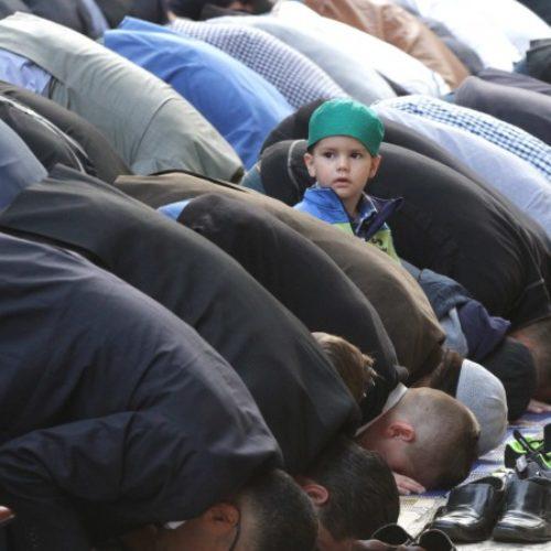 Bajram u Gazi Husrev-begovoj džamiji (FOTO)