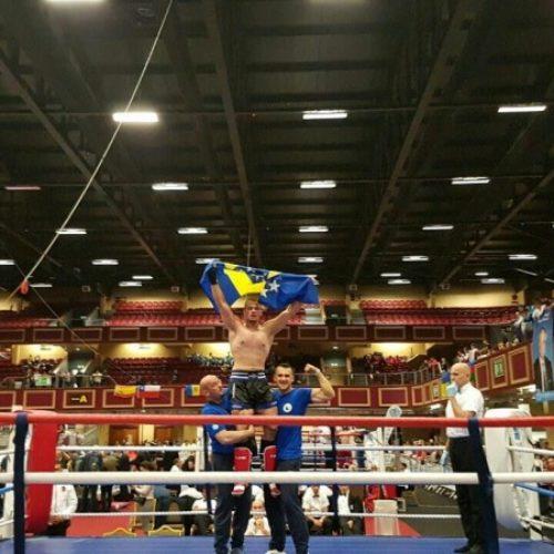 Kik-boks: Mirza Pramenković svjetski juniorski prvak