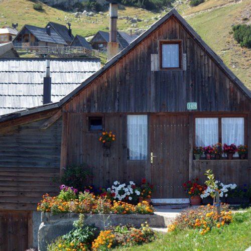 Prokoško jezero godišnje posjeti 20.000 turista (FOTO)