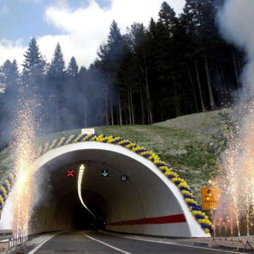 Zvaničnici nakon otvaranja tunela 'Karaula': Namjera u narednih pet do šest godina završiti autoput te izgraditi brze ceste do Tuzle, Bihaća i Goražda