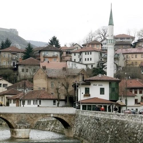 Simbol bosanskog prkosa: Znate li priču o Inat kući?