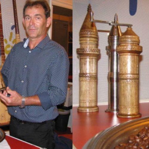 Sadik Nuhanović izrađuje originalne ručne mlinove za kahvu