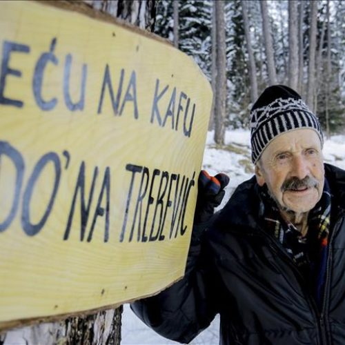 Adil, 89-godišnji aktivni planinar mladim ljudima poručuje da je planinarstvo najzdraviji sport