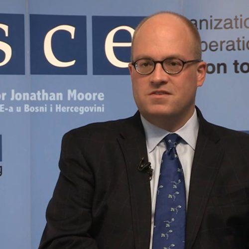 Otvoreno pismo šefu Misije OSCE-a u BiH povodom njegove izjave da odustanemo od revizije Tužbe: IDITE JEVREJIMA I TRAŽITE OD NJIH DA NE SPOMINJU HOLOKAUST!