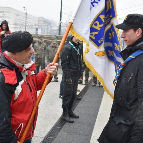Godišnjica 105. motorizovane brigade: Izviđači ponijeli zastavu brigade, preko Špicaste stijene do Grdonja