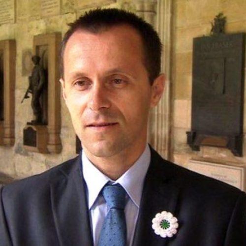Počasni doktorat Nedžadu Avdiću, Srebreničaninu koji je preživio strijeljanje