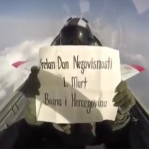 Turski vojni pilot na jedinstven način čestitao Dan nezavisnosti Bosne i Hercegovine (VIDEO)