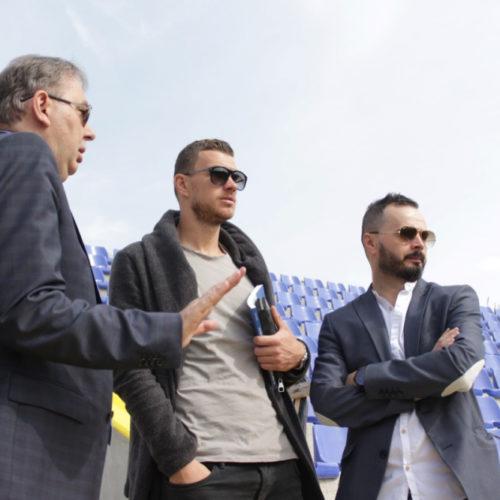 Edin Džeko u Sarajevu: Primio državnu nagradu za sport; posjetio obnovljenu Grbavicu