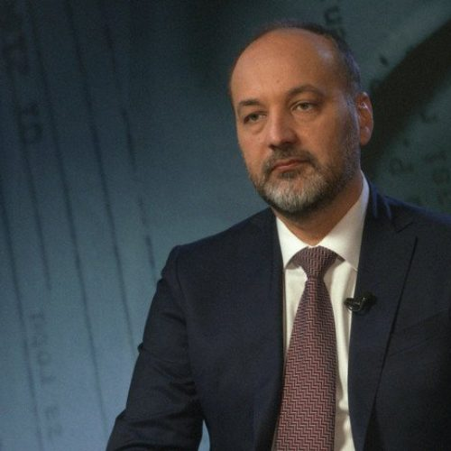 Kandidat za predsjednika Srbije: Naravno da je bio genocid u Srebrenici; Srbija ima odgovornost (Video)