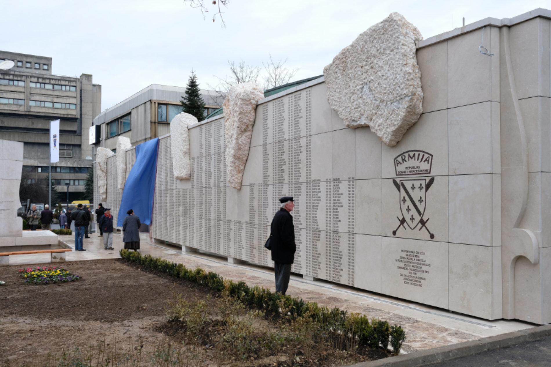 Općina Novi Grad podigla spomen obilježje u čast svojih 1.945 poginulih bosanskih vojnika
