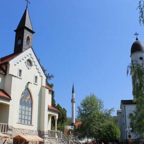 Katolička porodica u Bosanskoj Krupi: I ovaj Uskrs će dočekati u punoj kući s prijateljima islamske i pravoslavne vjeroispovijesti