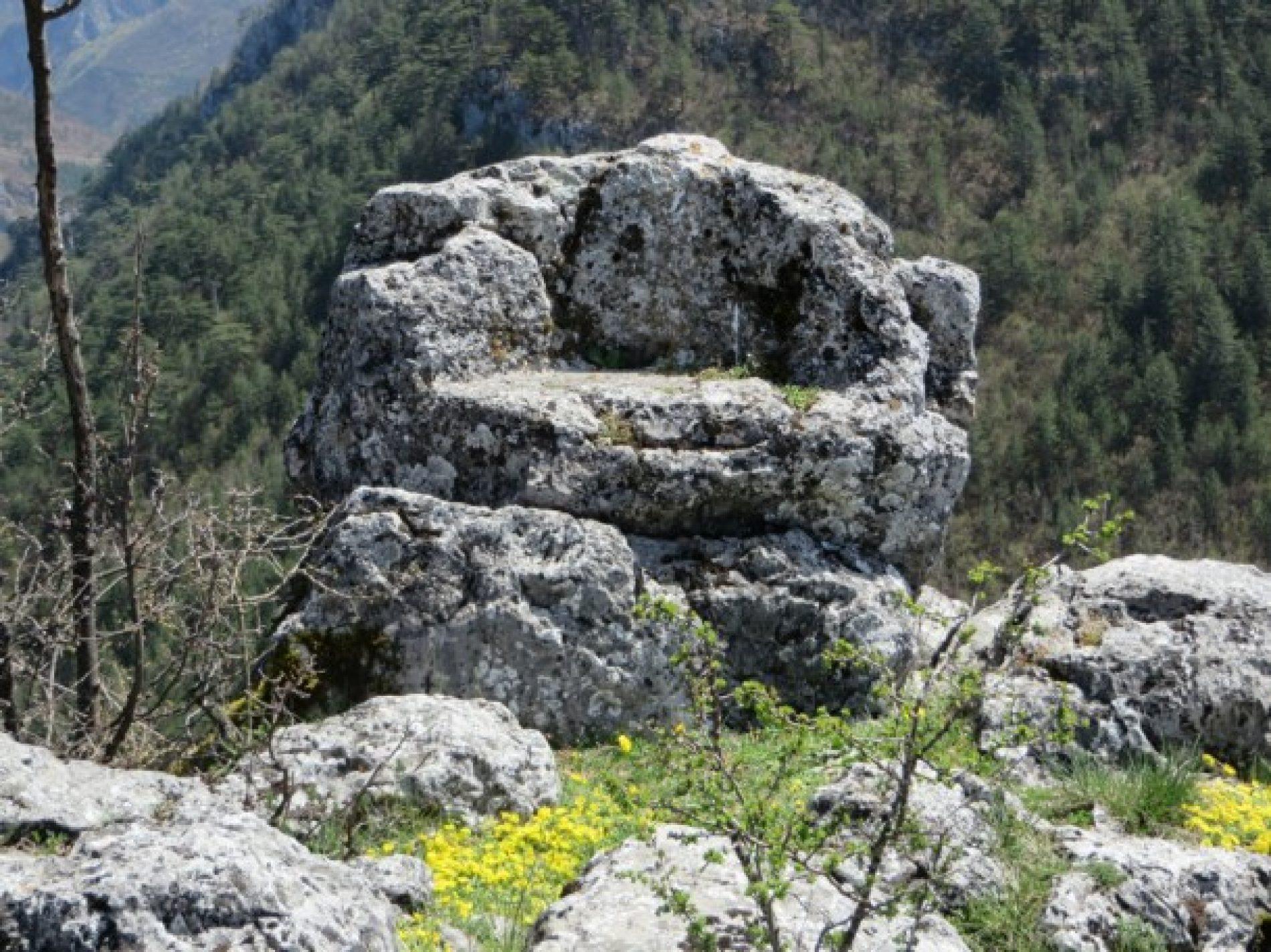 Kamene (sudačke) stolice – vrijedan simbol srednjovjekovne bosanske države