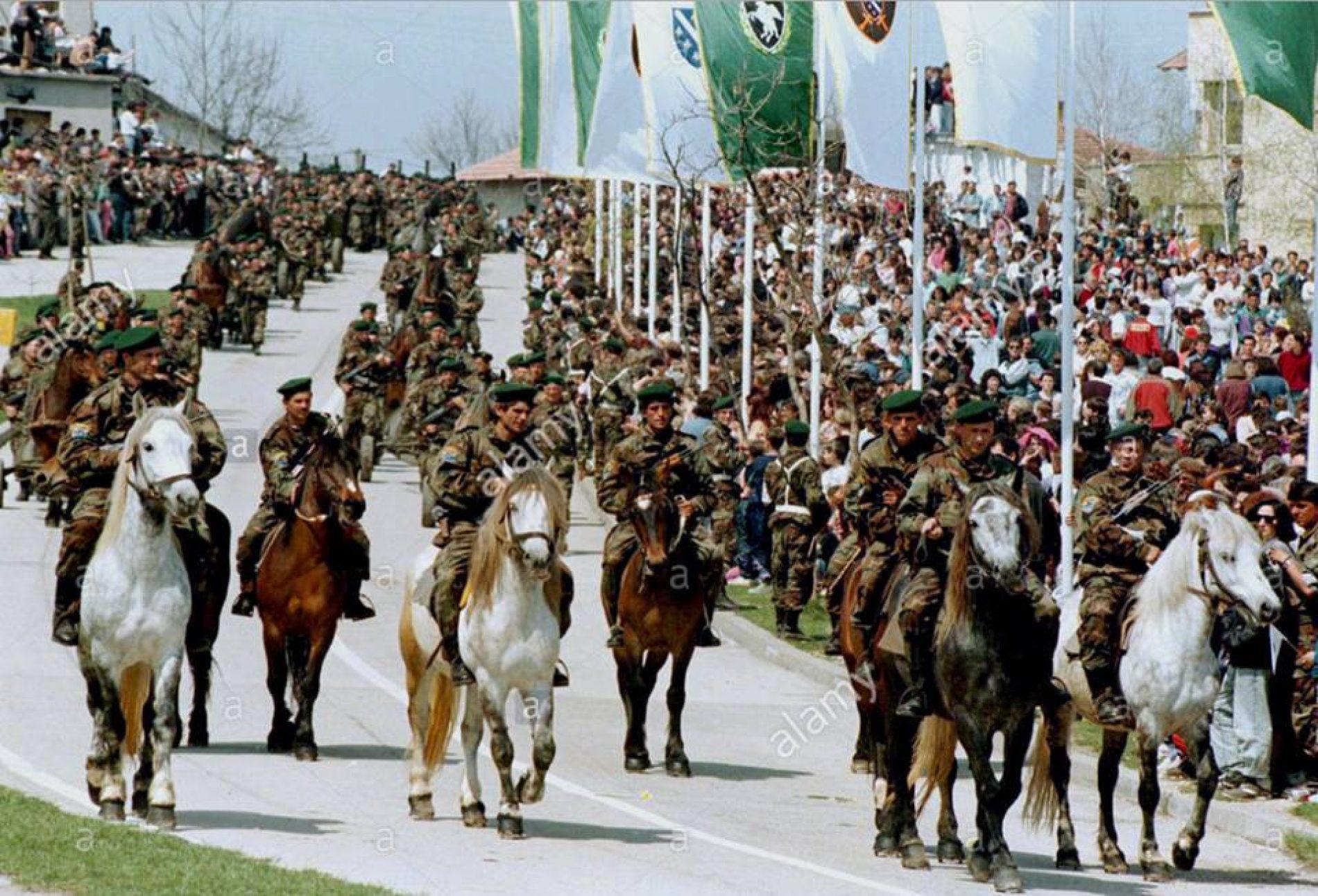 Bihać na 4. godišnjicu ARBiH: Vojna parada za pamćenje u čast heroja koji su odbranili državu