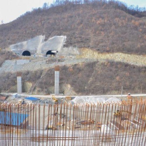 NAJVEĆE GRADILIŠTE U DRŽAVI: Pogledajte kako se grade tuneli Pečuj i Ričice kod Zenice i kako će izgledati cijela dionica (VIDEO)