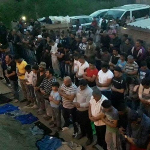 Vlasti Srbije žele srušiti džamiju u izgradnji: Muslimani u Zemunu pokušavaju sačuvati građevinu