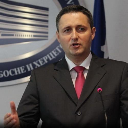 Bećirović: HDZ nosioci južnoafričkih vrijednosti iz vremena etničkog aparthejda; Ministarstvo pravde je 'ministarstvo nepravde'