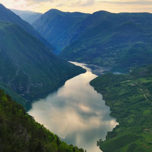 Zapisi o Bosni iz 9. vijeka – zemlja s granicama od Drine do Borove Glave