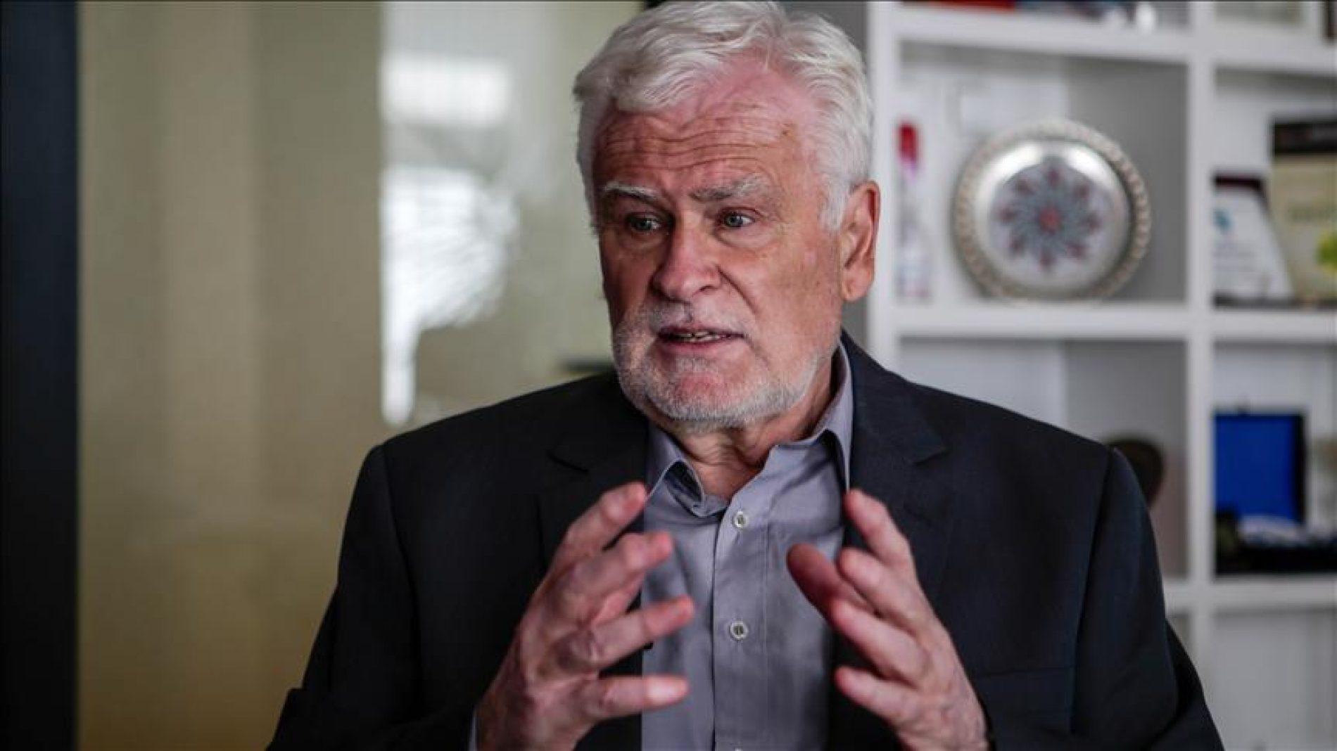 Nihad Halilbegović: Bošnjaci su bili jedini narod u Evropi koji nije imao svoju pisanu historiju