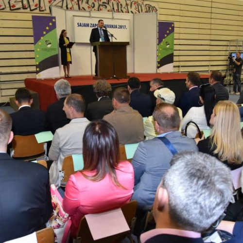 Sajam zapošljavanja u Tuzli: Ponuđeno 1000 radnih mjesta