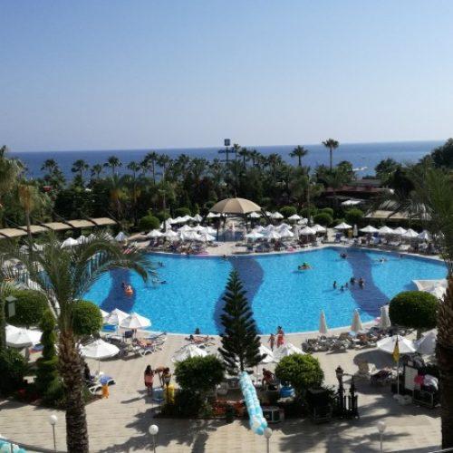 """Antalija, turski turistički raj: Riječ """"Saraj-Bosna"""" snižava cijenu čak i do 50 posto"""