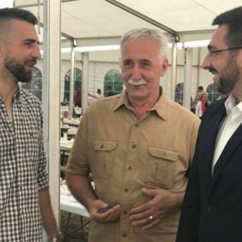 Zmaj u rodnom kraju: Ibišević na iftaru u Konjević polju