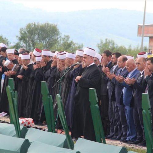 Šehidsko mezarje u Gornjoj Kalesiji: Smiraj za devet ubijenih zvorničkih Bošnjaka