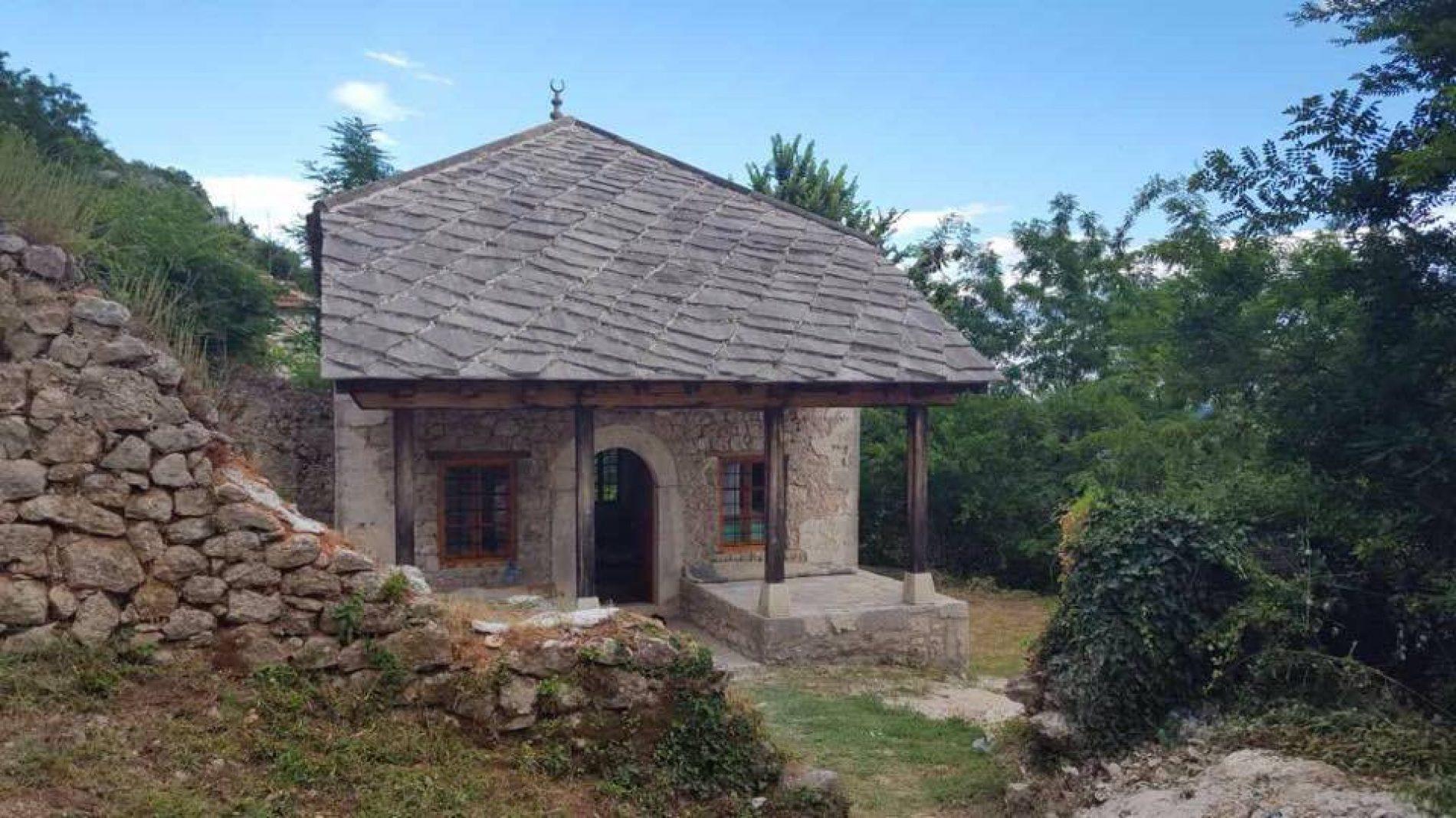 U Ljubuškom obnovljena Krehića džamija: Nakon 79 godina ugostila klanjače