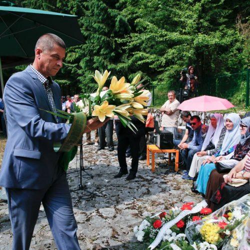 Obilježena 25. godišnjica stradanja Bošnjaka Ahatovića: U Sokolini 48 osoba ubijeno na najsvirepiji način