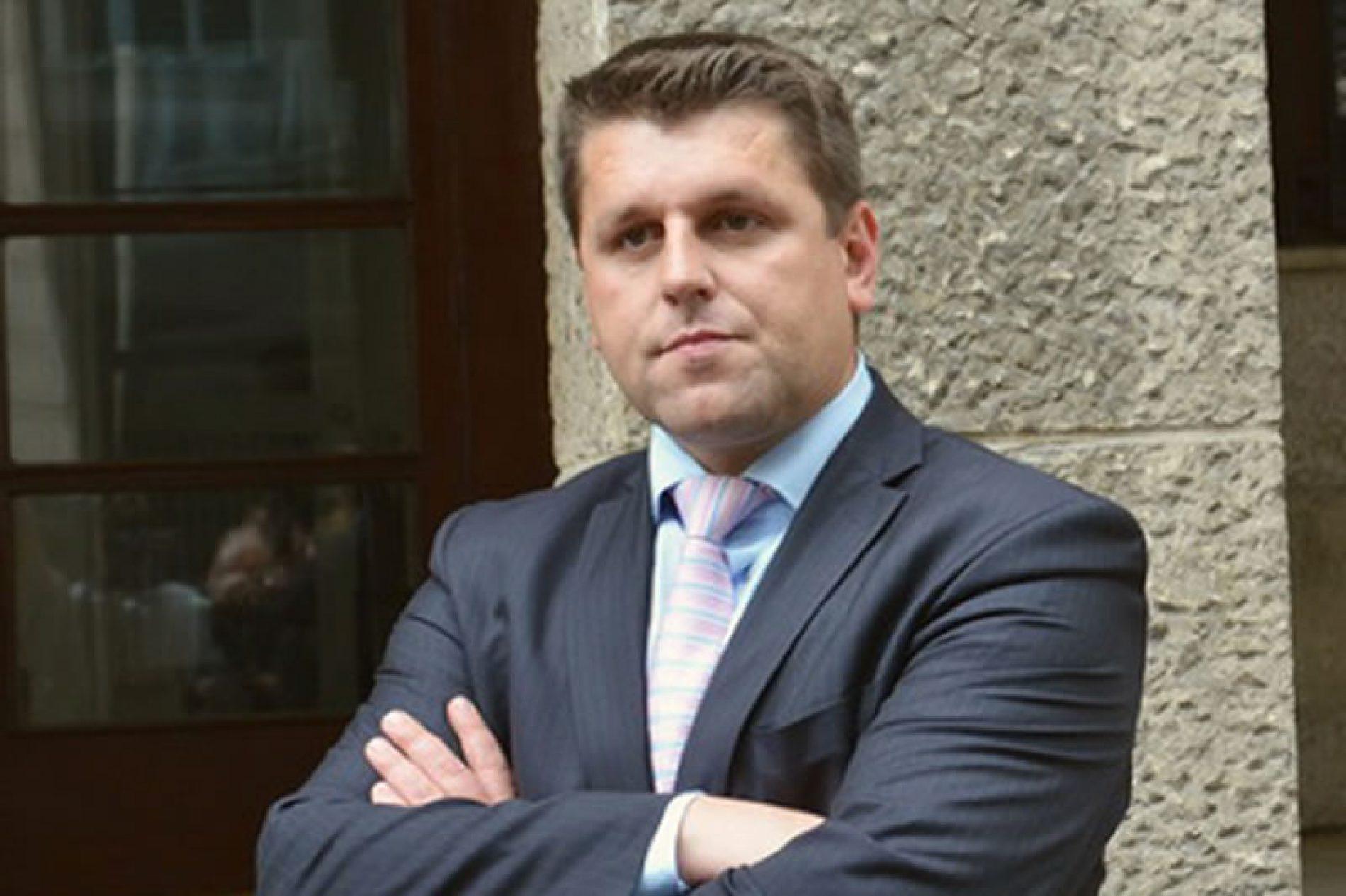 Duraković nudi Odgovor – Pokret koji će se baviti pitanjem prava povratnika
