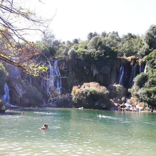 Vodopad Kravice vrvi od gostiju, ljepota slapova i zelenilo ostavljaju bez daha