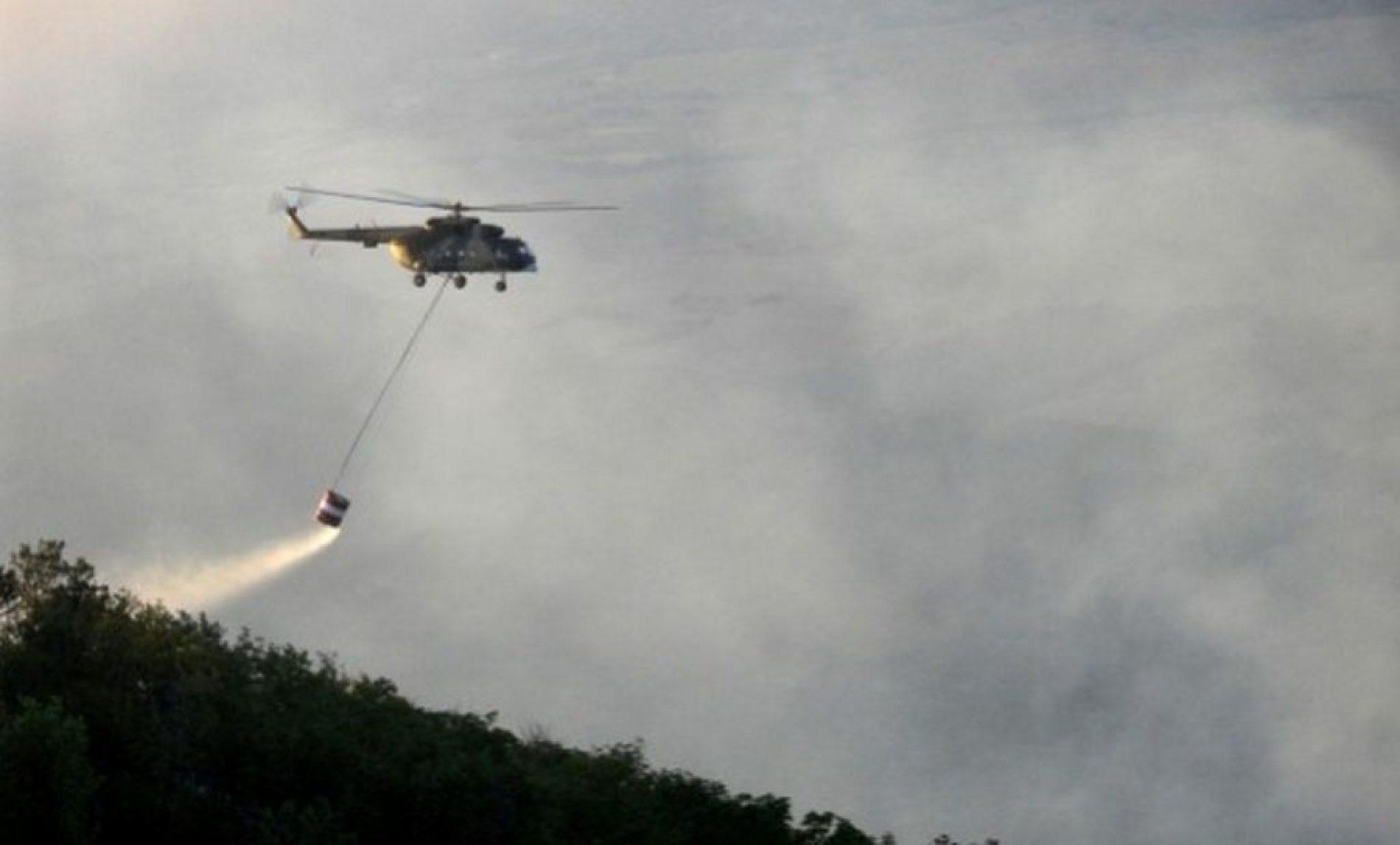 Angažovana tri helikoptera za gašenje požara na planini Čvrsnica