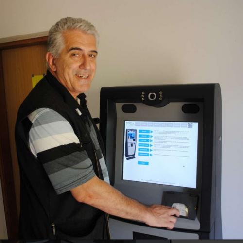 Inovativna rješenja Zlatana Karabegovića: Razvio uređaj koji može zamijeniti šalter u telekomu ili poslovnicu banke
