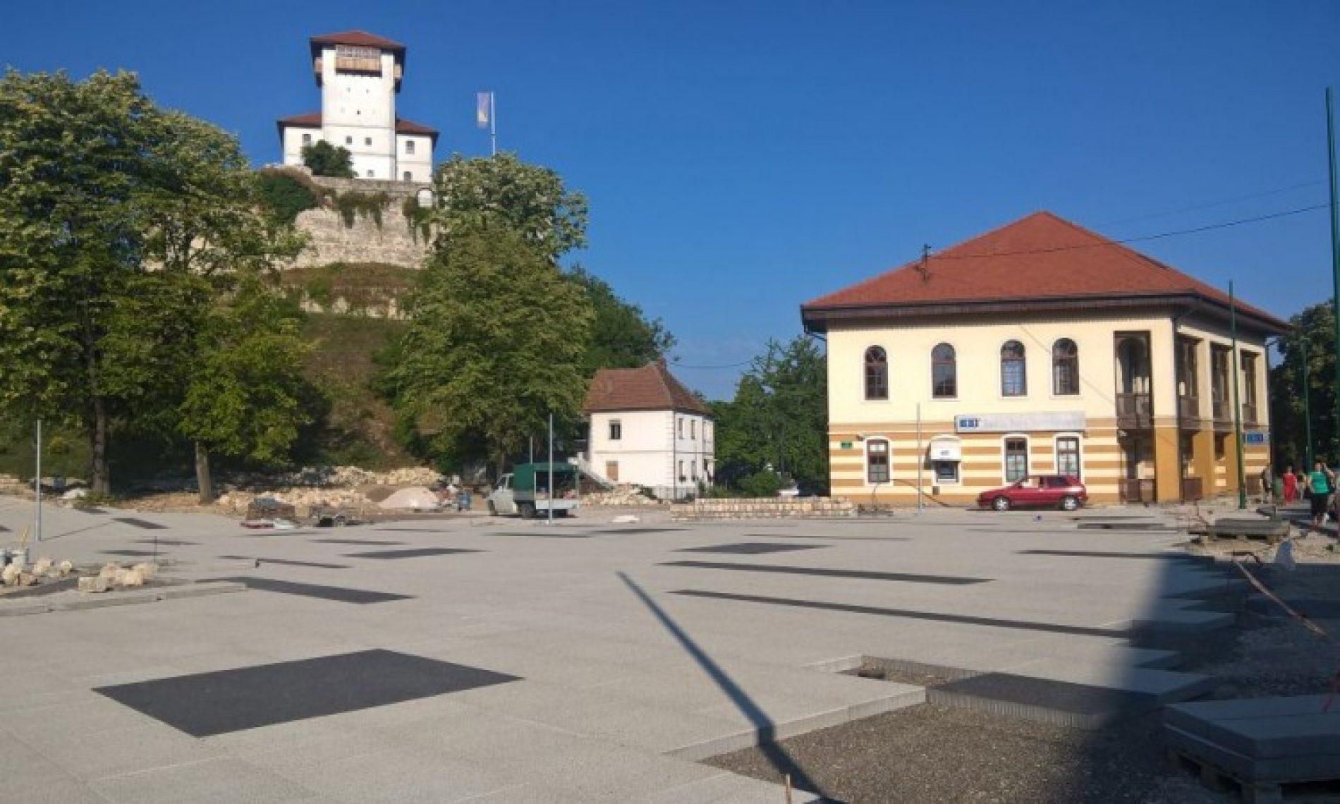 Gradačac: Pri kraju radovi na uređenju Trga Alije Izetbegovića