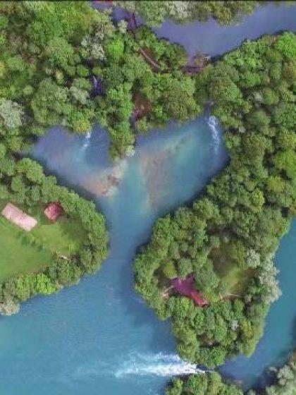 Srcoliki otok usred čiste i blistave Une (FOTO)