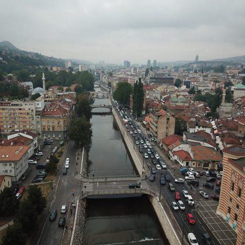 SARAJEVO: Emir Dudo vlasniku vratio izgubljenu torbicu sa 1.950 KM i nije prihvatio nagradu