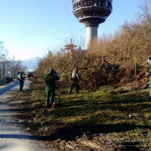Brdo Hum: Postavlja se veliki jarbol sa zastavom Bosne i Hercegovine iznad Sarajeva