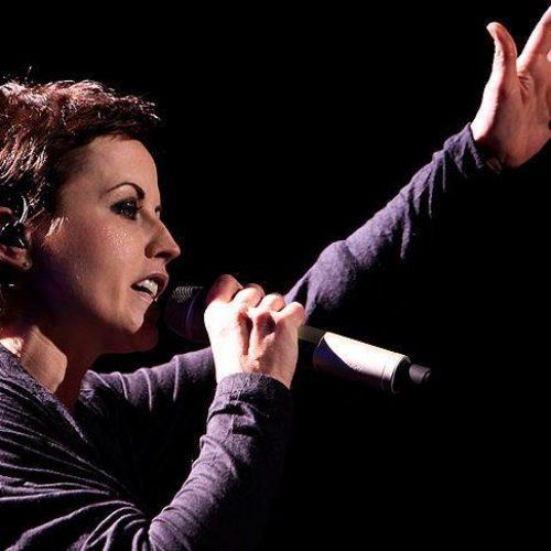 Pjevačica The Cranberriesa preminula u 46. godini – Na vrhuncu karijere pjevala o Bosni (Video)