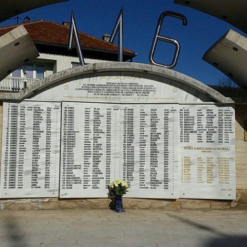 Kolinda Grabar Kitarović poklonila se žrtvama Ahmića