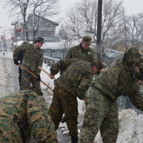 Bihać: Oružane snage Bosne i Hercegovine angažovane na čišćenju snijega