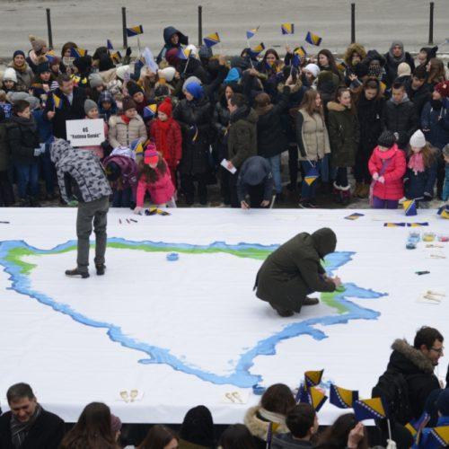 Učenici sarajevskih škola obilježili Dan nezavisnosti Bosne i Hercegovine