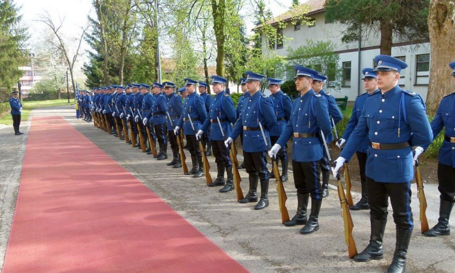 Godišnjica ARBiH obilježena u Zenici (FOTO)