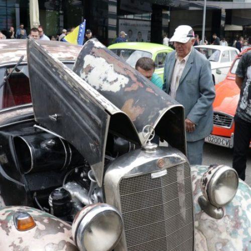 Izložba oldtimera u Sarajevu, izložen i Mercedes iz 'Otpisanih'
