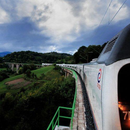 Željeznice FBiH bilježe rast broja putnika za trećinu